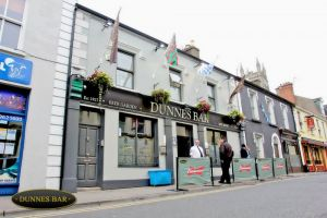 Dunne's Bar & Accommodation
